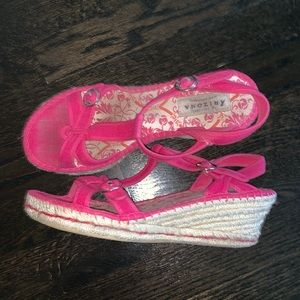 Pink Sandals. Size 7.5. Comes with box.
